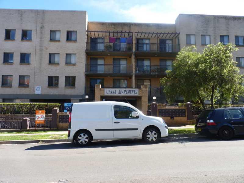 UNIT 42/5-9 Fourth Avenue, Blacktown, NSW 2148