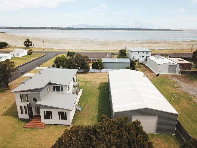 26 STEWART STREET, Port Welshpool, Vic 3965
