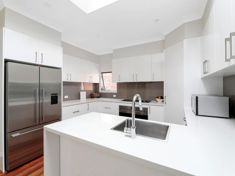11 Kallaroo Road, Riverview, NSW 2066