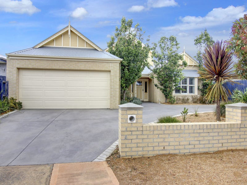 24 Mariner Place, Safety Beach, Vic 3936