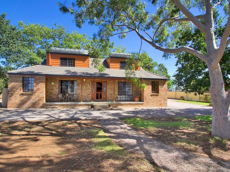 4 Ainslie Place, Tamworth, NSW 2340