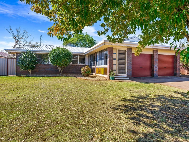 11 Chinchilla Court, Wilsonton Heights, Qld 4350