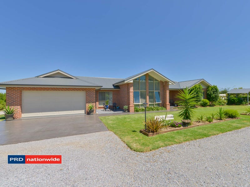 3 Barakula Drive, Tamworth, NSW 2340