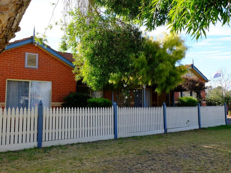 24 Greene Street, Bairnsdale, Vic 3875