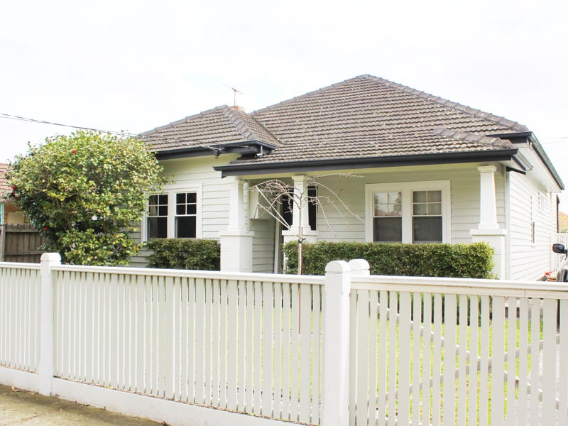 11 Andrew Street, Oakleigh, Vic 3166