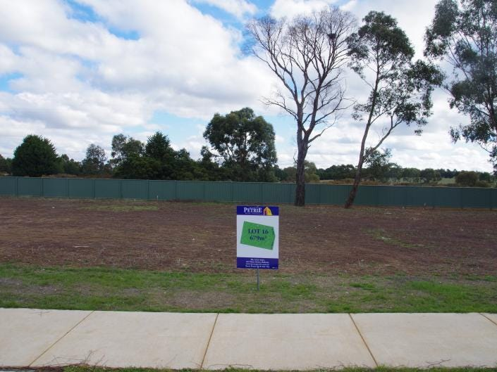 Lot 16 Tanderra Court, Miners Rest, Vic 3352