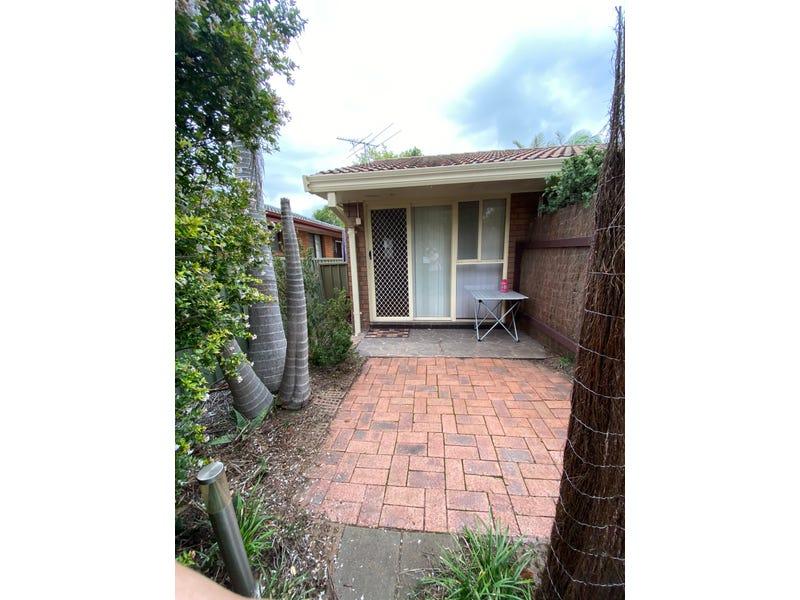 19A Owen Stanley Road, Glenfield, NSW 2167