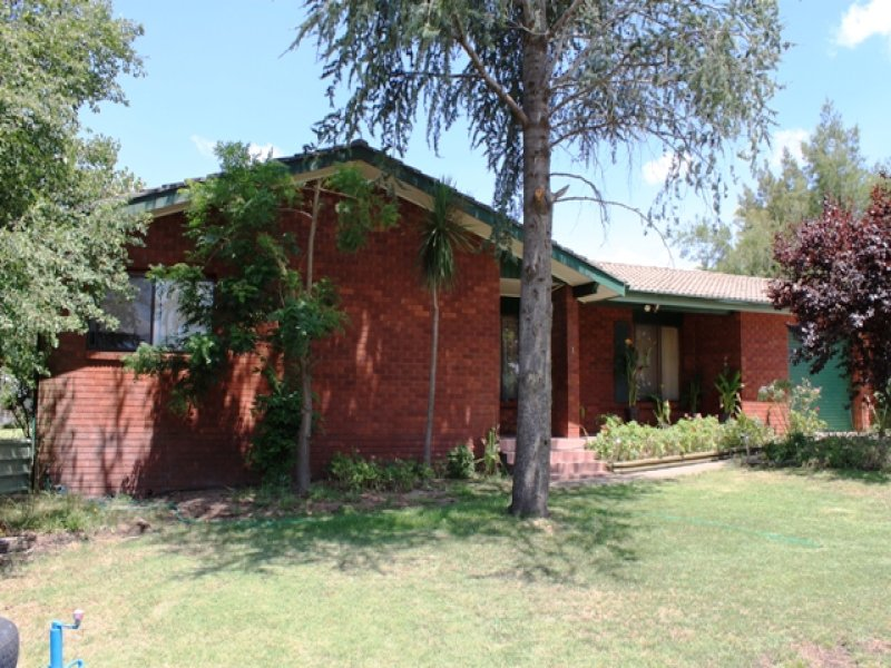 1 Rutherford Place, Bathurst, NSW 2795