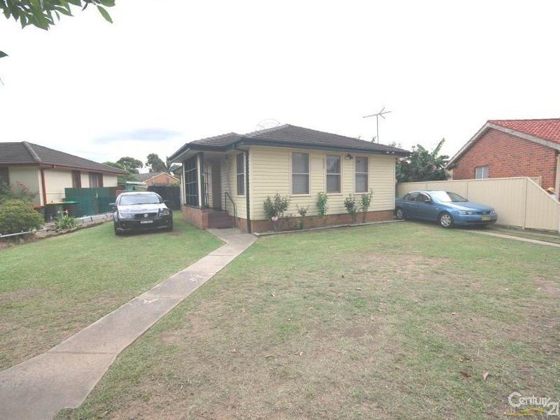63 Lawrence Hargrave Drive, Warwick Farm, NSW 2170