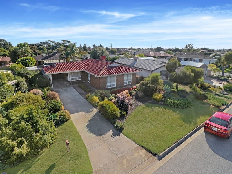 27  Daly Crescent, West Lakes Shore, SA 5020