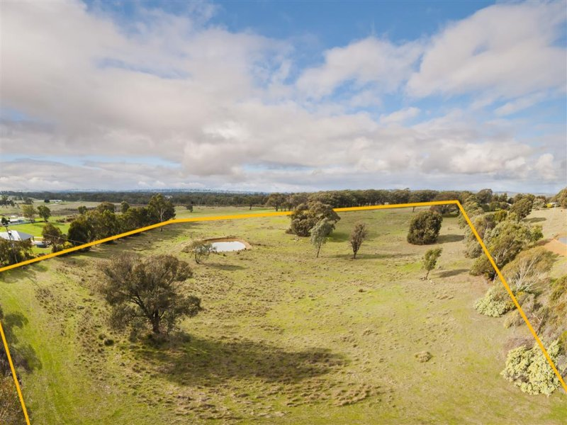 CA 22 Old Calder Highway, Taradale, Vic 3447