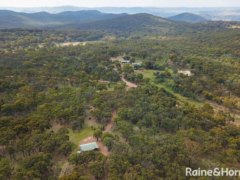 130 Thompson Street, Wattle Flat, NSW 2795