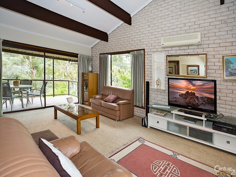 5 Charm Place, Peakhurst, NSW 2210