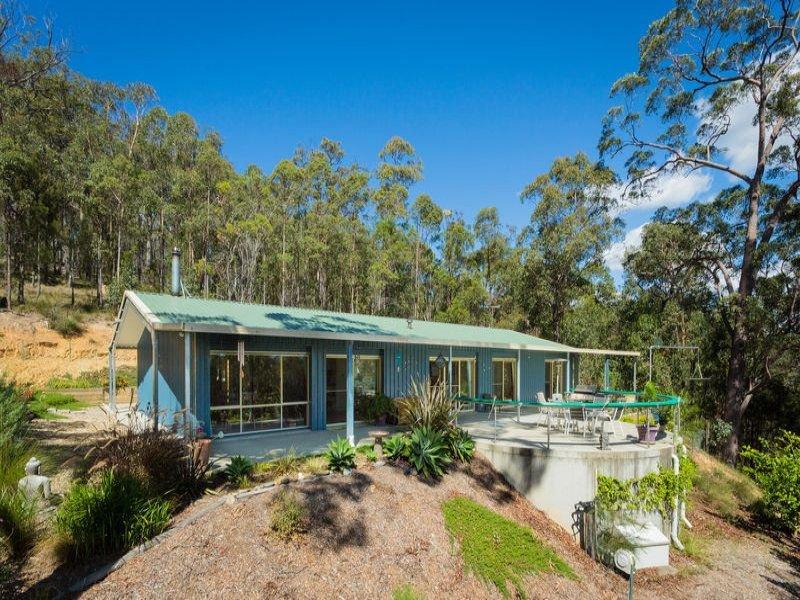 10 Ferntree Lane, Wallagoot, NSW 2550