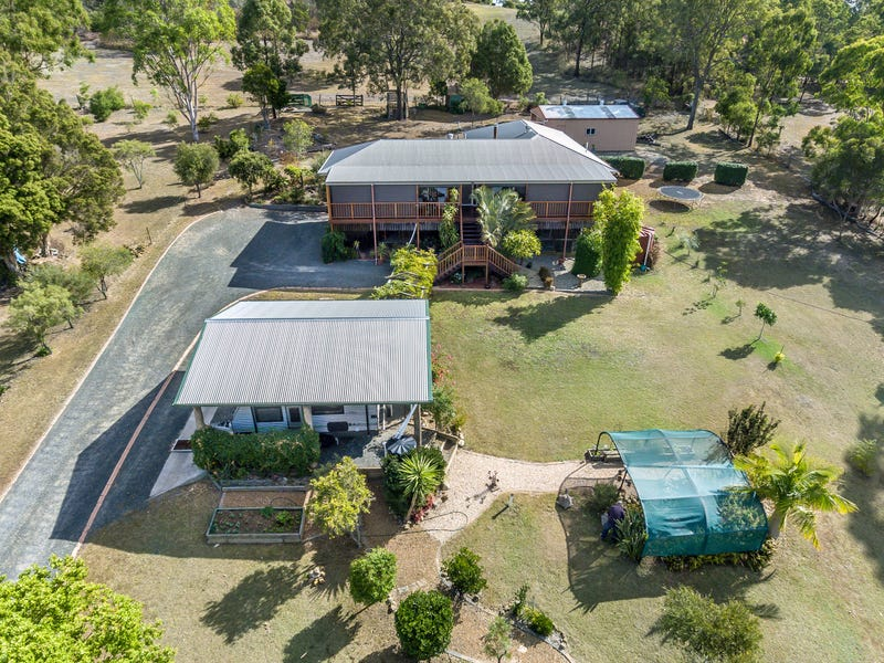 11 East Side Road, Crows Nest, Qld 4355