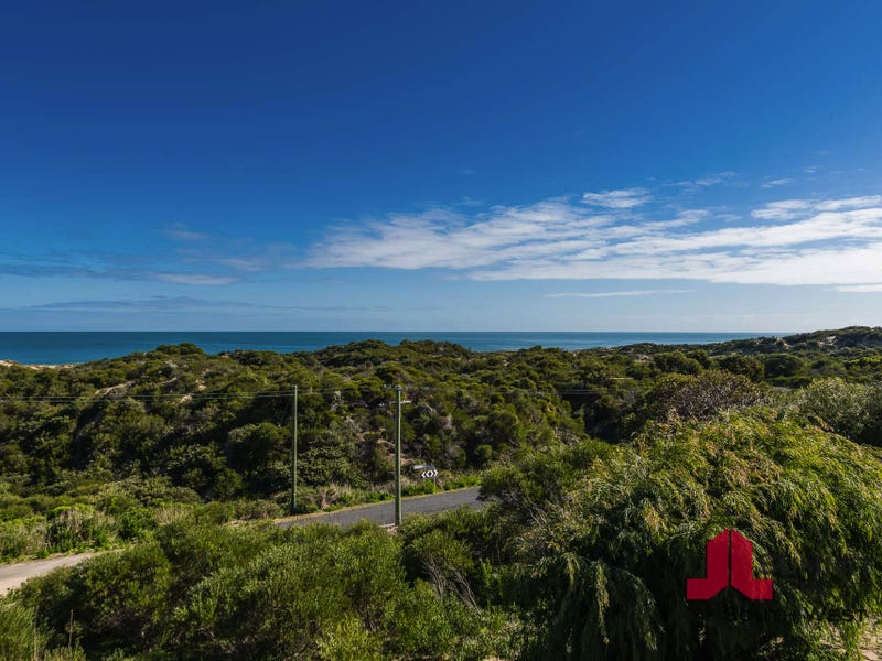 11 Ocean View Rd, Preston Beach, WA 6215