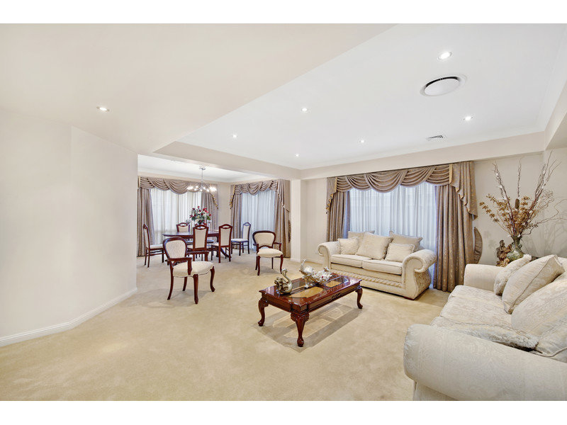 73 Governors Way, Macquarie Links, NSW 2565