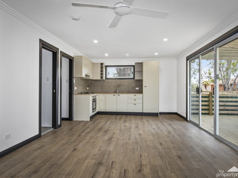 16B Greenway Avenue, Mannering Park, NSW 2259