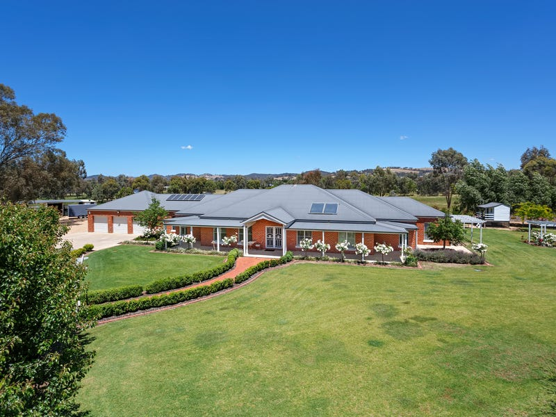 14 Burgan Drive, Springvale, NSW 2650