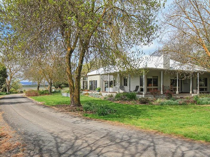2710 Burke and Wills Track, Glenhope, Vic 3444
