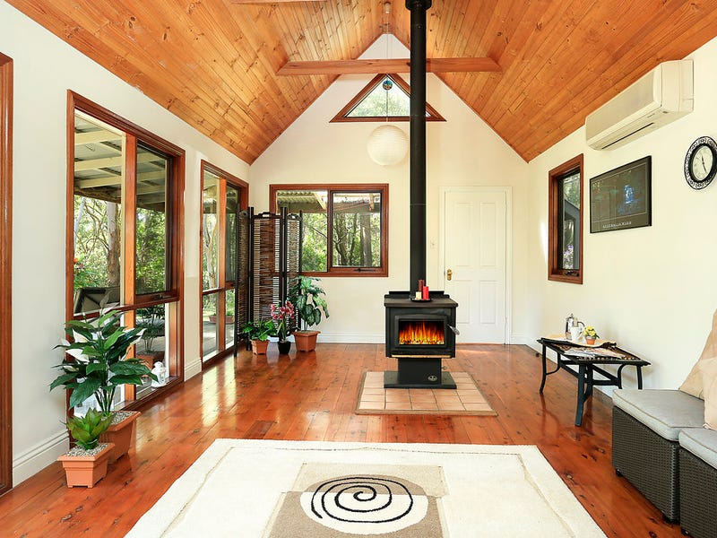 587 Mount Scanzi Road, Kangaroo Valley, NSW 2577