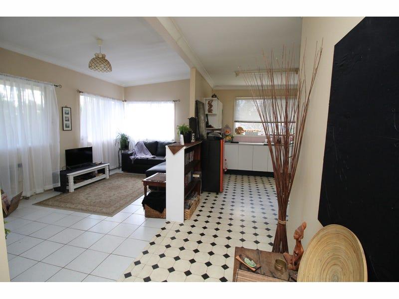 18 Killarney Road, Erowal Bay, NSW 2540