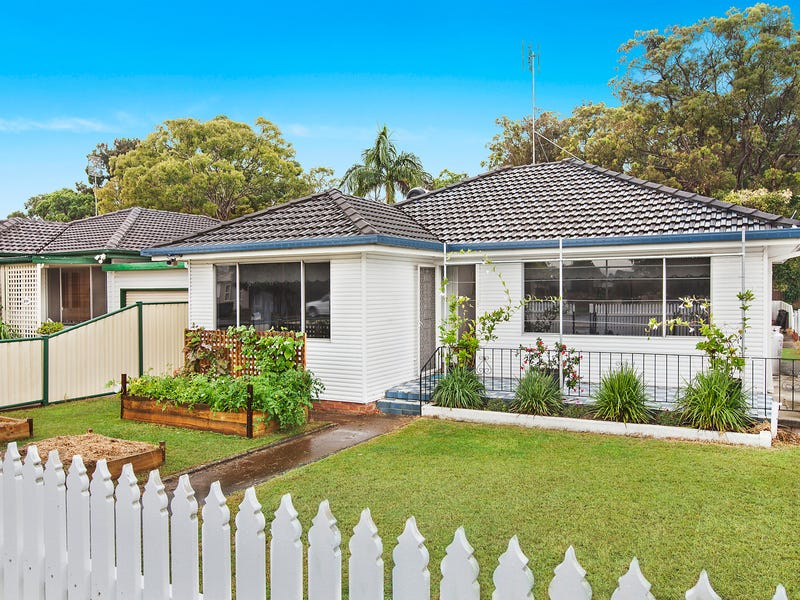 218 Ocean Beach Road, Woy Woy, NSW 2256