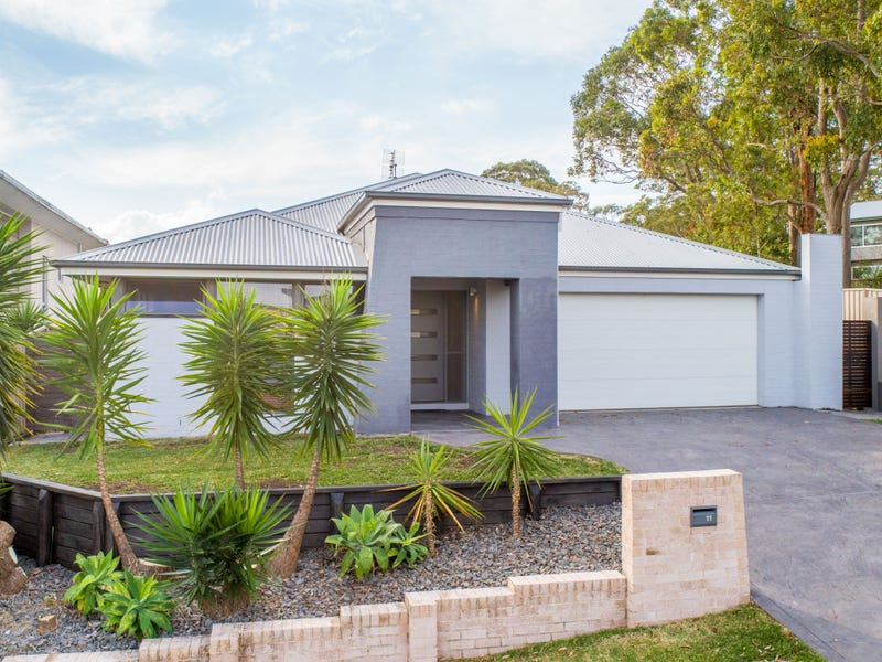 11 Franciska Close, Floraville, NSW 2280