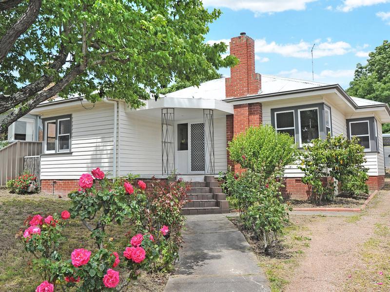 909 Barkly Street, Mount Pleasant, Vic 3350