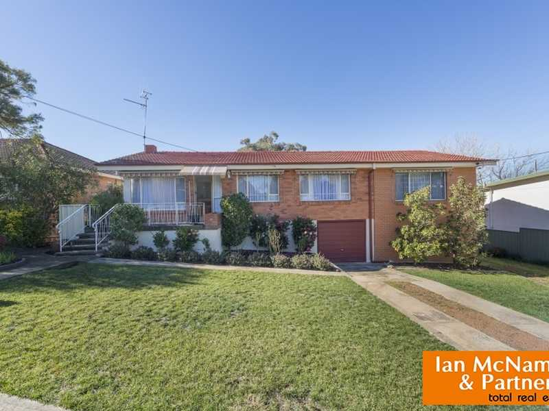 4 Atholbar Way, Queanbeyan, NSW 2620
