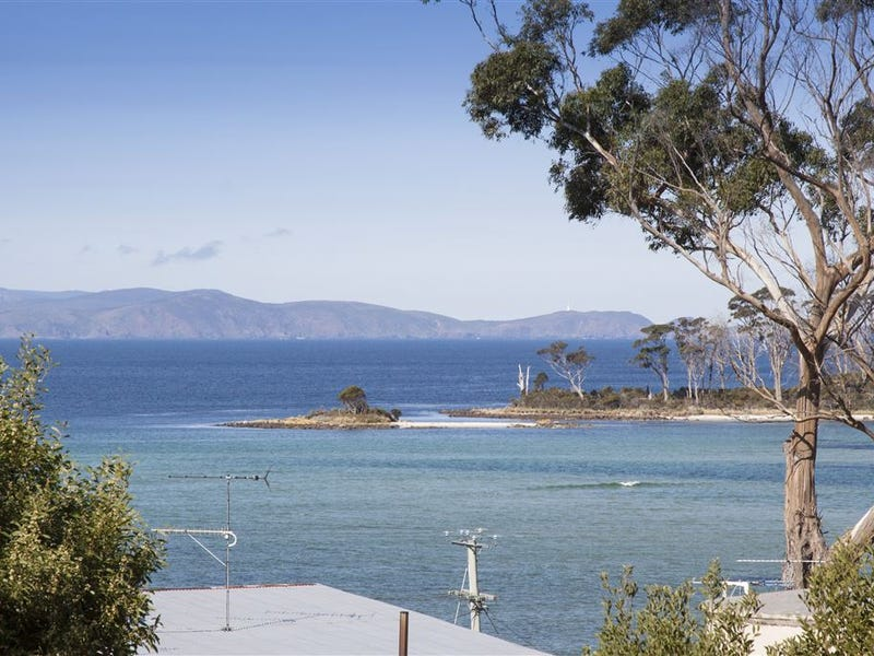 10 Aurora Court, Southport, Tas 7109