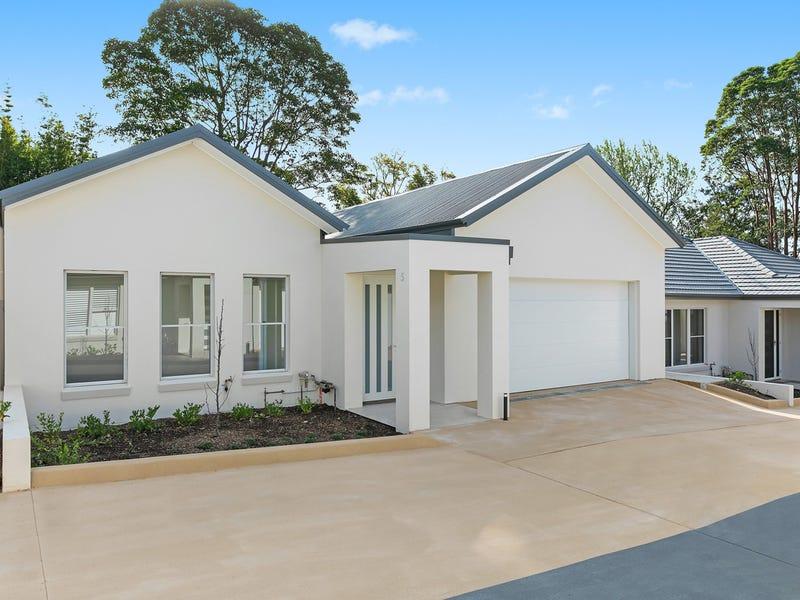Villa 5 51 Killeaton Street (Park in Collins Road), St Ives, NSW 2075