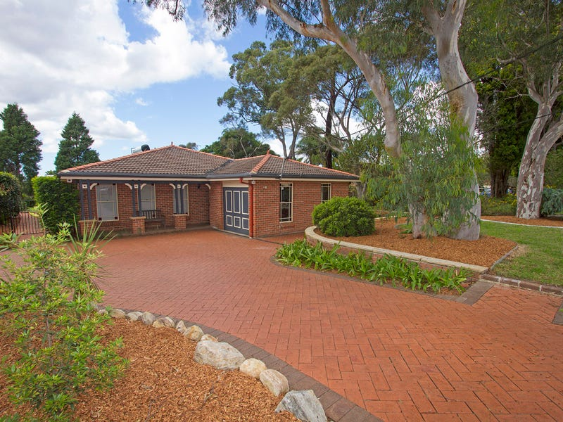 166 Somerville Rd, Hornsby Heights, NSW 2077
