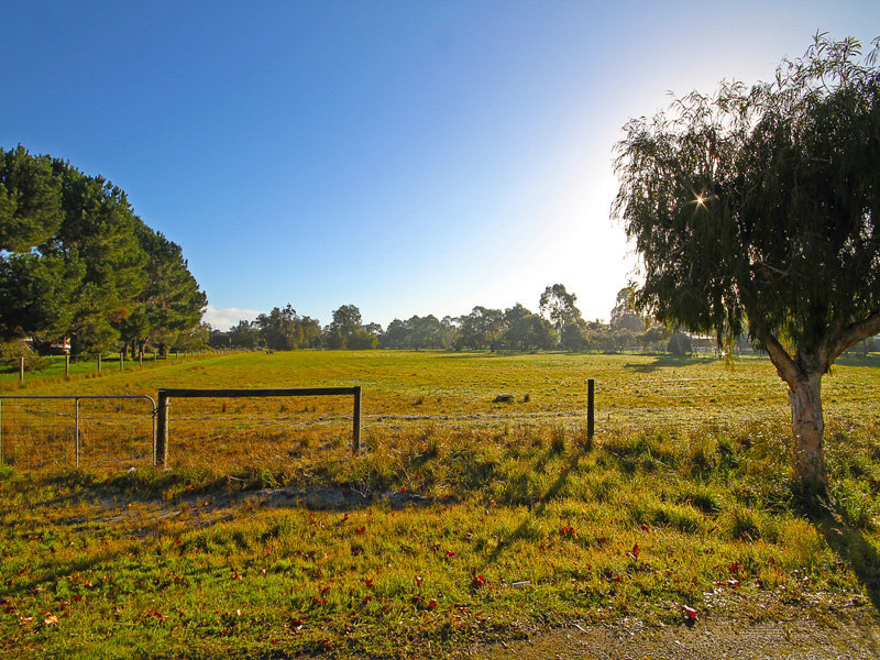 6 Petrana Place, Henley Brook, WA 6055