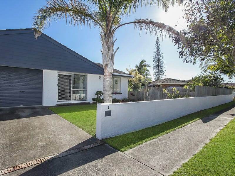 1/3 Peacock Place, Burleigh Waters, Qld 4220