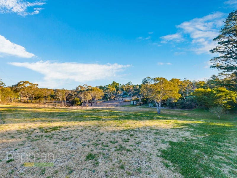 7 Sandbox Road, Wentworth Falls, NSW 2782