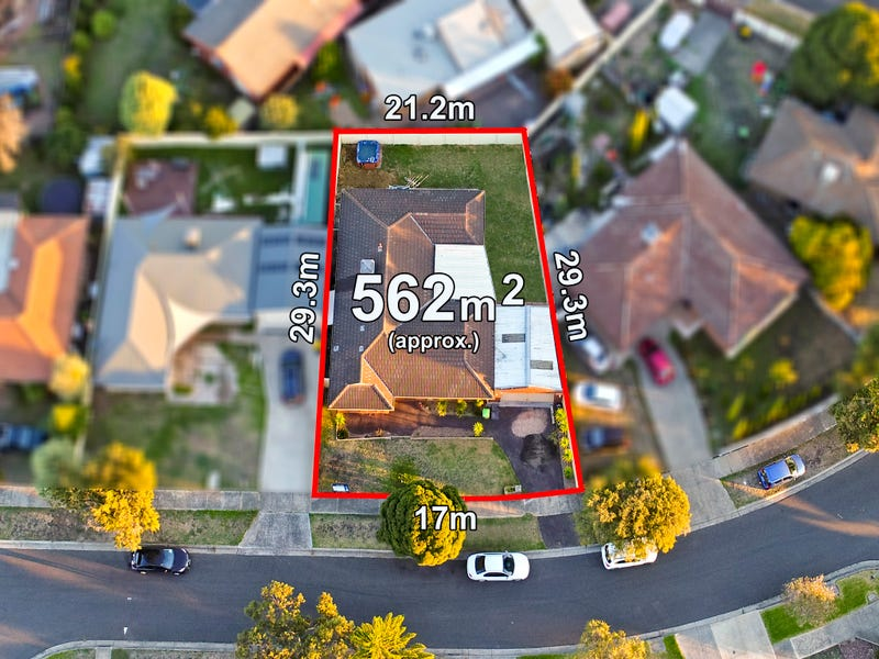 24 Buckland Crescent, Epping, Vic 3076