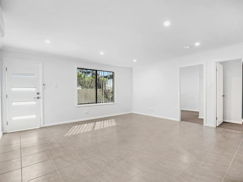 8a Daisy Place, Claremont Meadows, NSW 2747