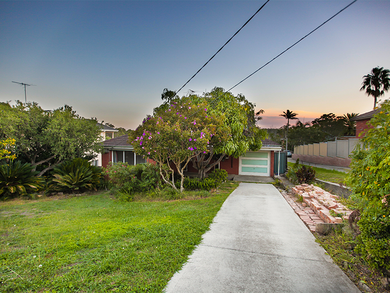 730A Henry Lawson Drive, Picnic Point, NSW 2213