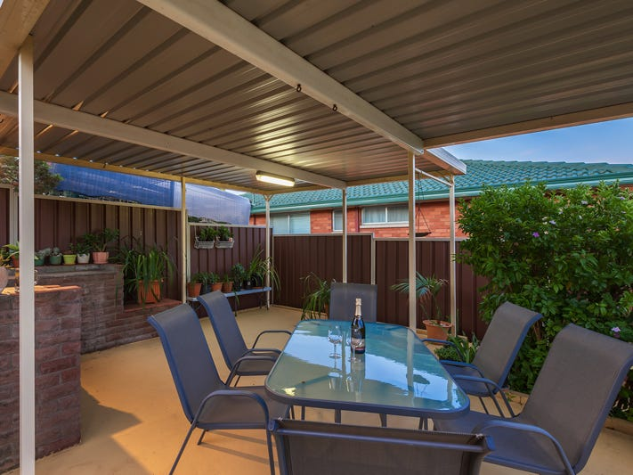 8 Colonial Street, Campbelltown, NSW 2560