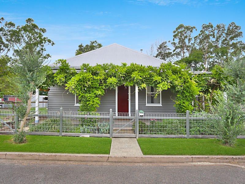12 Cohen Street, Horseshoe Bend, NSW 2320