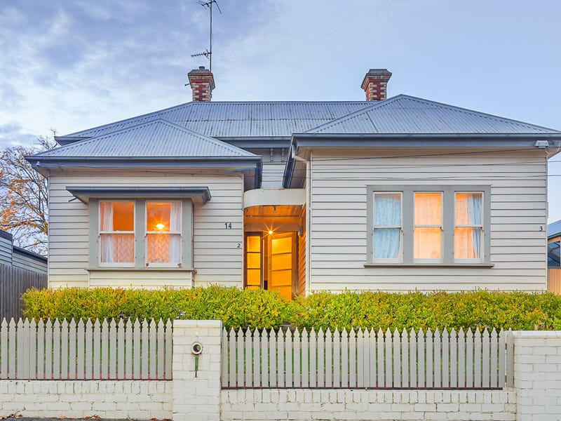 14 Clarendon Street, Soldiers Hill, Vic 3350