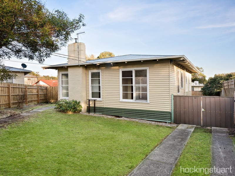 6 Eton Court, Frankston, Vic 3199