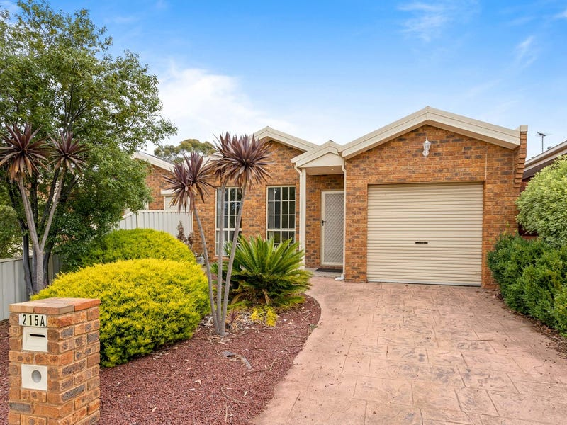 215a Lady Nelson Way, Taylors Lakes, Vic 3038