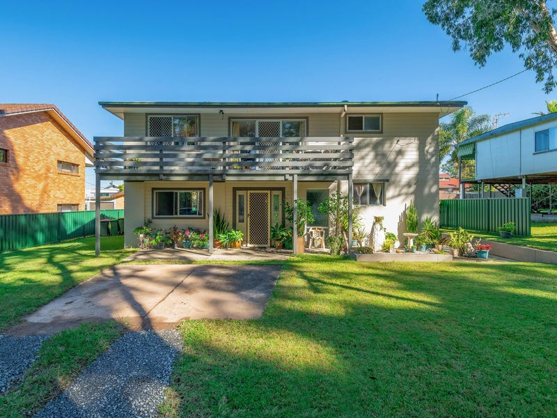 43 Middle Road, Woombah, NSW 2469