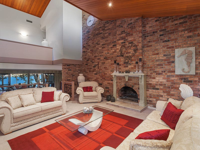 64 Daley Avenue, Daleys Point, NSW 2257