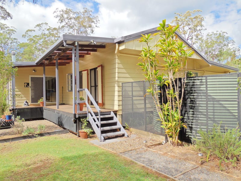 54 Gilliland Cres, Blackbutt, Qld 4306