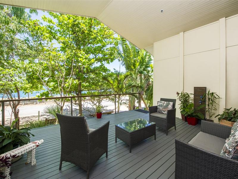 2/3 Esplanade, Nelly Bay, Qld 4819