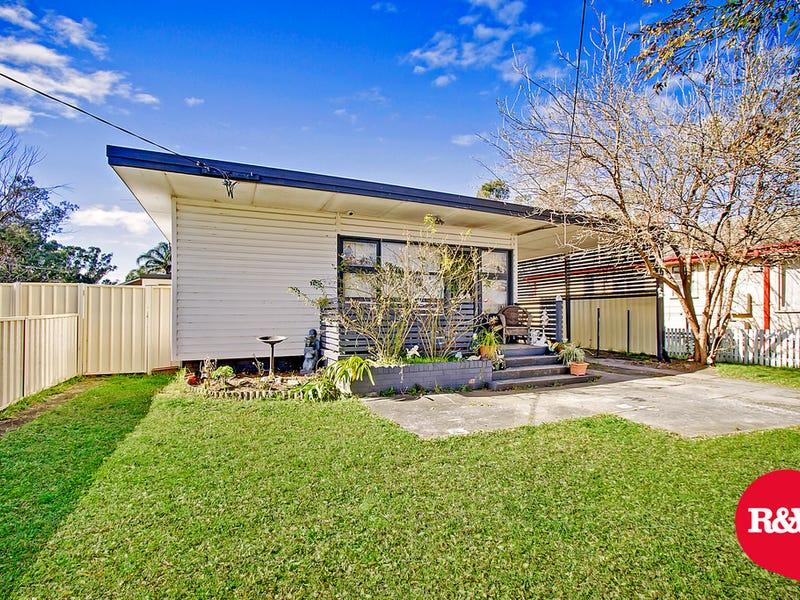 15 & 15a Gasmata Crescent, Whalan, NSW 2770