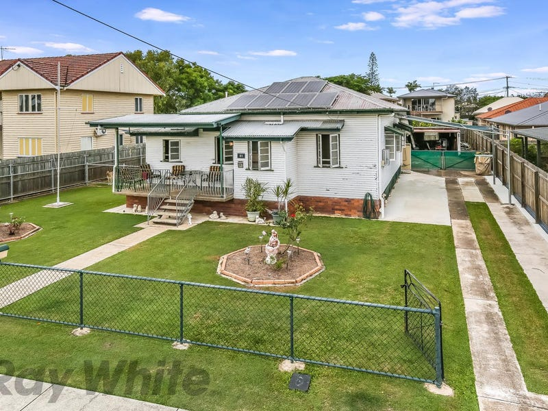 61 Oates Parade, Northgate, Qld 4013